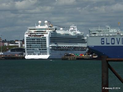 AZURA GLOVIS SUPREME Southampton PDM 08-06-2014 13-19-17