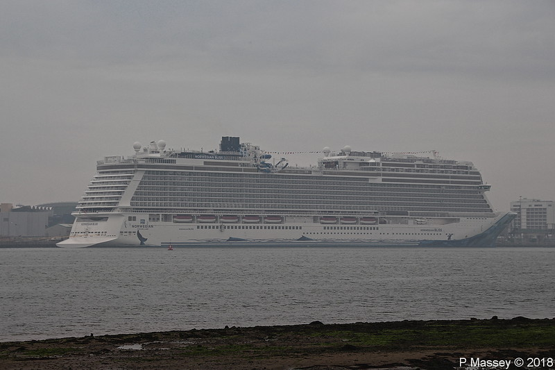 Misty NORWEGIAN BLISS Southampton PDM 21-04-2018 05-45-037