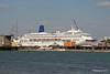 ORIANA Over Husbands Jetty Southampton PDM 10-09-2015 12-48-23