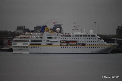 HAMBURG Departing Southampton PDM 07-05-2015 19-59-37