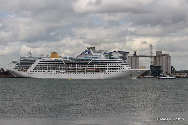 ADONIA Passing CARIBBEAN PRINCESS Southampton PDM 09-05-2015 16-49-15