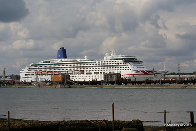 AURORA Departing over Husbands Jetty Southampton PDM 05-08-2016 17-54-14