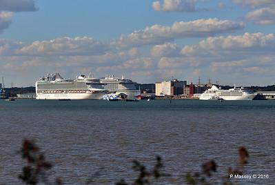 AZURA Outbound Passing AIDAprima SILVER WIND Southampton PDM 29-08-2016 18-13-28