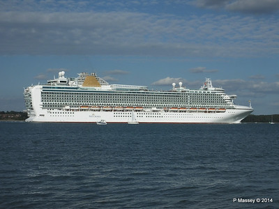 AZURA Departing Southampton PDM 31-08-2014 17-10-47