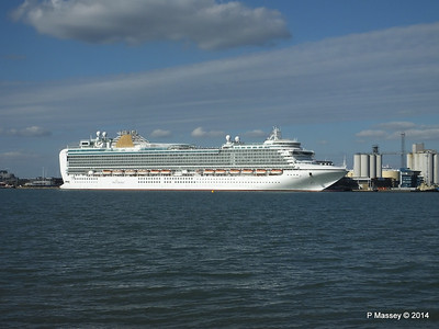 AZURA Departing Southampton PDM 31-08-2014 17-08-41