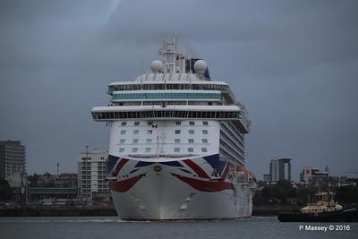 BRITANNIA Departing Southampton PDM 20-08-2016 19-14-043