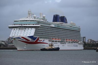 BRITANNIA Departing Southampton PDM 20-08-2016 19-13-57