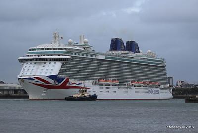 BRITANNIA Departing Southampton PDM 20-08-2016 19-13-34