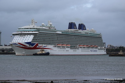 BRITANNIA Departing Southampton PDM 20-08-2016 19-13-09