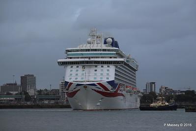 BRITANNIA Departing Southampton PDM 20-08-2016 19-14-37