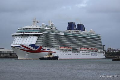 BRITANNIA Departing Southampton PDM 20-08-2016 19-13-32