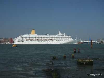 18 May 2014 ORIANA Departing