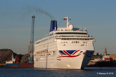 ORIANA Departing Southampton PDM 03-10-2016 17-31-33