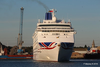 ORIANA Departing Southampton PDM 03-10-2016 17-31-20