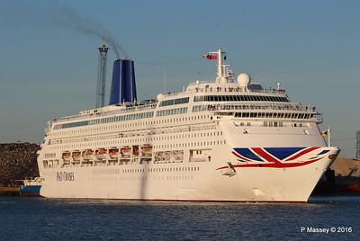 ORIANA Departing Southampton PDM 03-10-2016 17-32-02