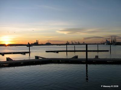 Southampton Sunset with AMADEA LORD NELSON TENACIOUS PDM 10-10-2008 17-16-52