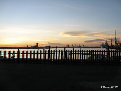 Southampton Sunset with AMADEA LORD NELSON TENACIOUS PDM 10-10-2008 17-25-48