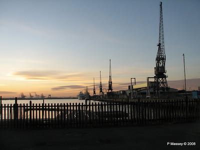 Southampton Sunset with AMADEA LORD NELSON TENACIOUS PDM 10-10-2008 17-25-41