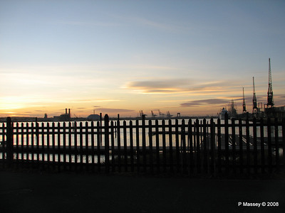 Southampton Sunset with AMADEA LORD NELSON TENACIOUS PDM 10-10-2008 17-26-04