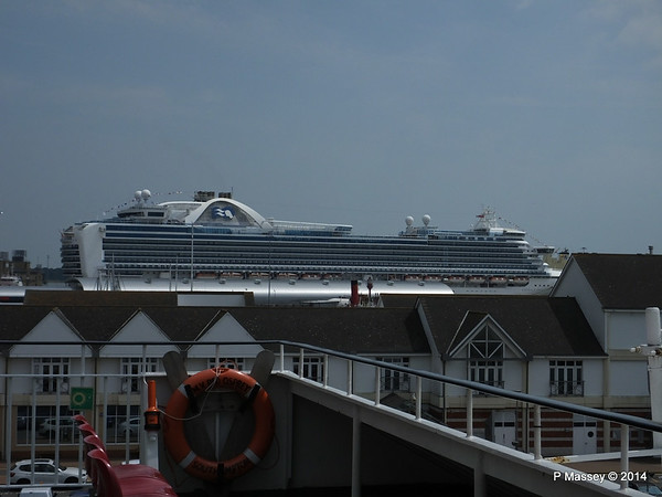 EMERALD PRINCESS over Town Quay from RED OSPREY Southampton PDM 12-07-2014 13-56-37