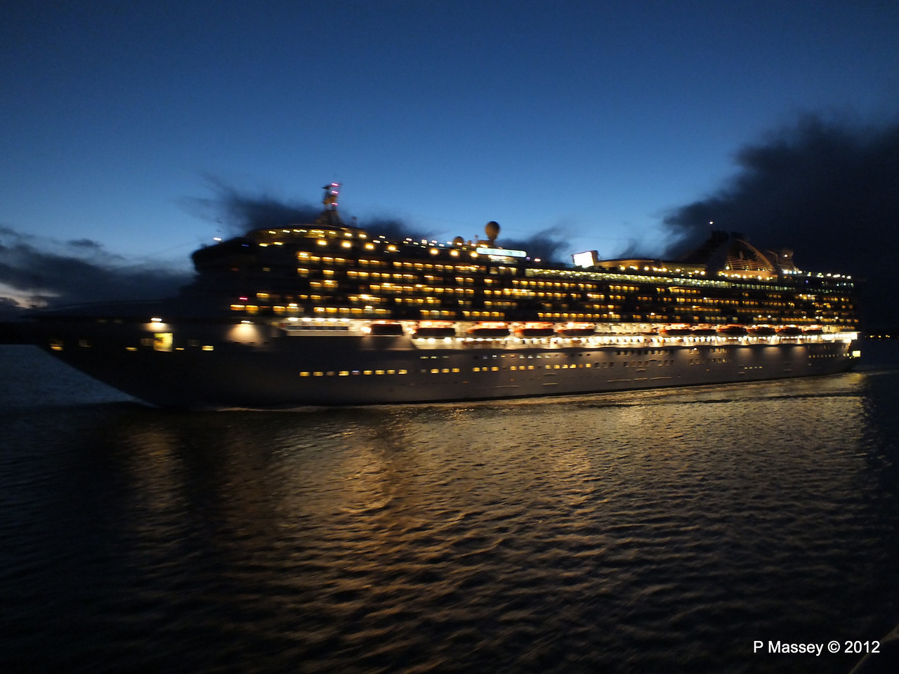 GRAND PRINCESS PDM 03-11-2012 18-17-16