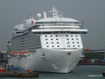 ROYAL PRINCESS Southampton PDM 07-06-2013 11-37-09