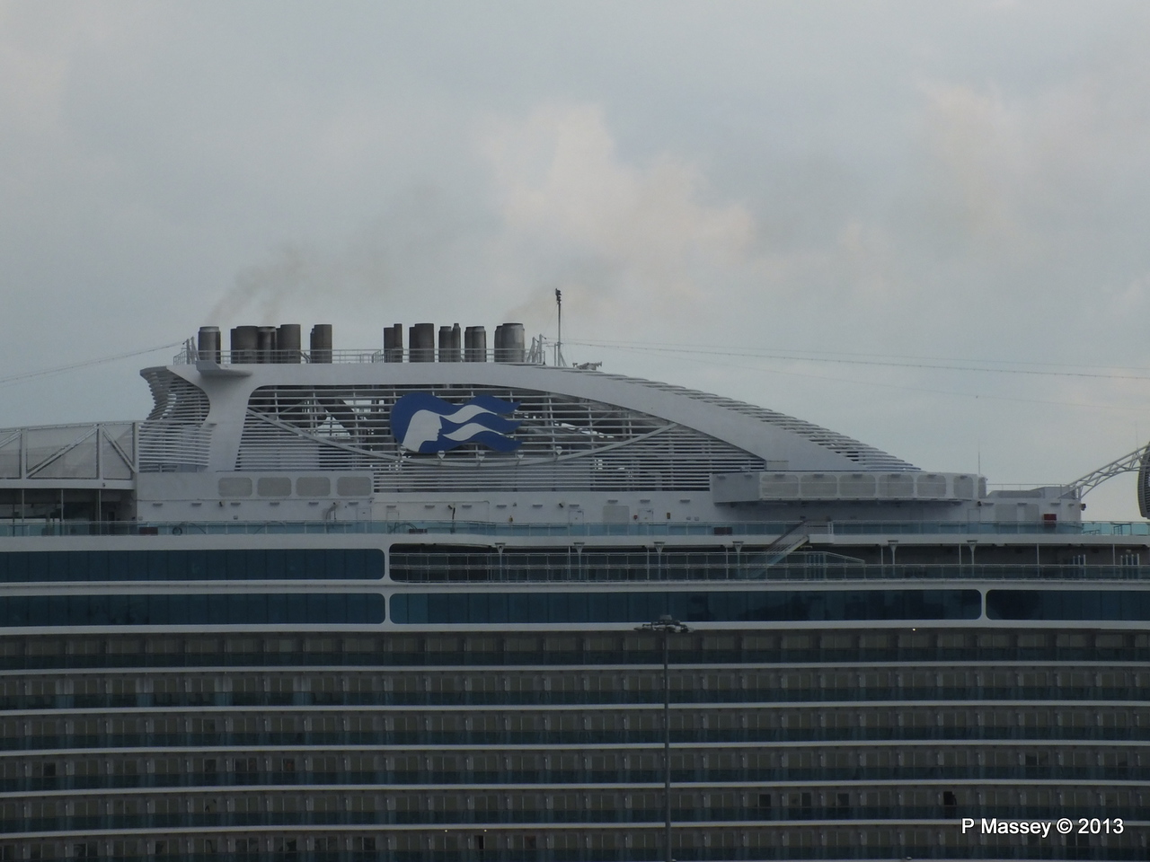 ROYAL PRINCESS Southampton PDM 07-06-2013 11-40-28
