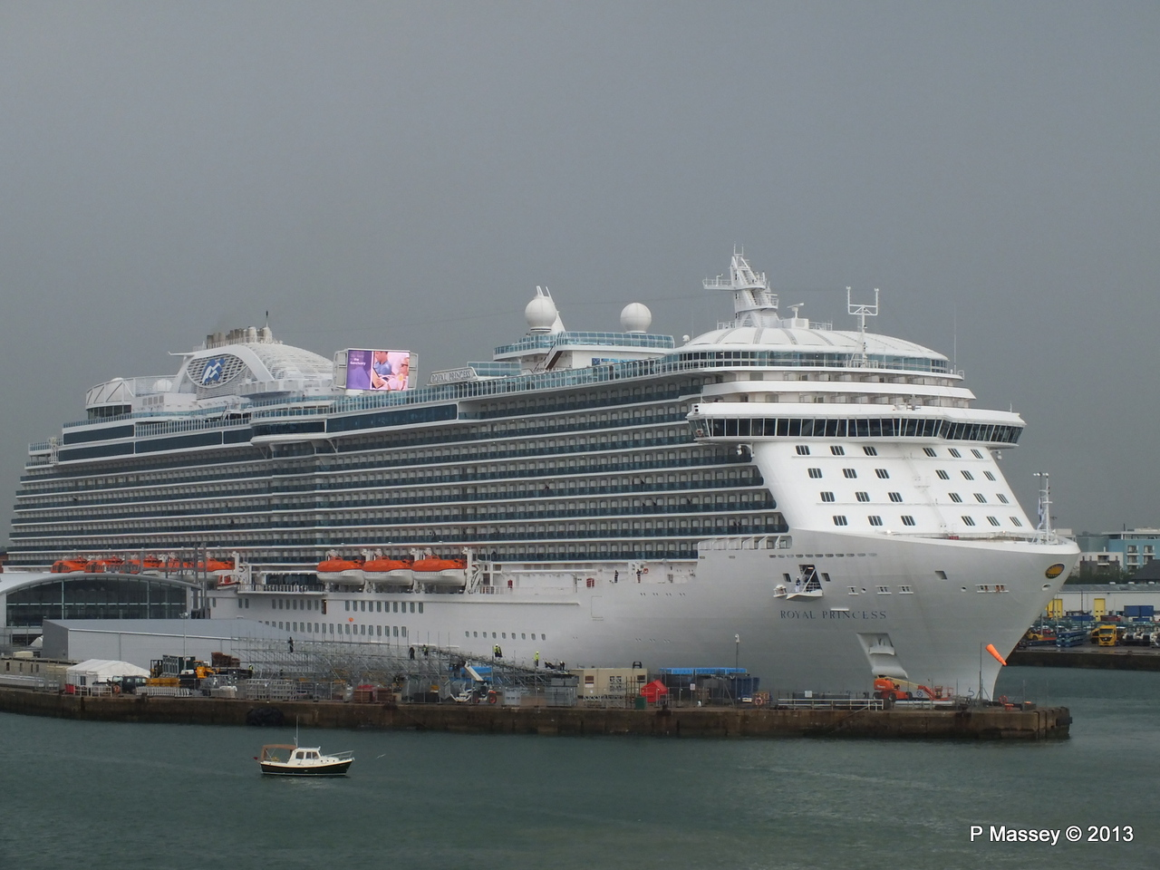 ROYAL PRINCESS Southampton PDM 07-06-2013 11-37-40