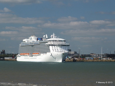 ROYAL PRINCESS Departing Southampton PDM 09-06-2013 17-17-28