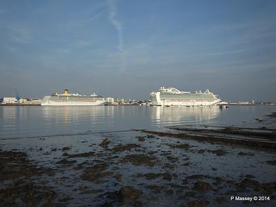 RUBY PRINCESS Passes COSTA MEDITERRANEA Southampton PDM 08-09-2014 17-44-011