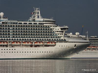 RUBY PRINCESS Passes COSTA MEDITERRANEA Southampton PDM 08-09-2014 17-41-033