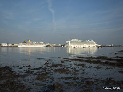 RUBY PRINCESS Passes COSTA MEDITERRANEA Southampton PDM 08-09-2014 17-44-008