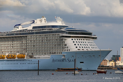 ANTHEM OF THE SEAS Departing Southampton PDM 15-08-2015 16-52-21