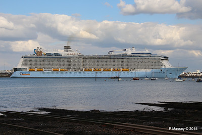 ANTHEM OF THE SEAS Departing Southampton PDM 15-08-2015 16-54-08