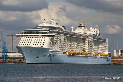 ANTHEM OF THE SEAS Departing Southampton PDM 15-08-2015 16-49-11