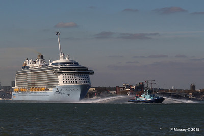 PHENIX Fire Tug ANTHEM OF THE SEAS Maiden Voyage Departing Southampton PDM 22-04-2015 17-26-47