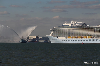 PHENIX Fire Tug ANTHEM OF THE SEAS Maiden Voyage Southampton PDM 22-04-2015 17-20-18
