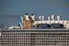 ANTHEM OF THE SEAS Maiden Voyage Passing EXPLORER OF THE SEAS Southampton PDM 22-04-2015 17-36-34