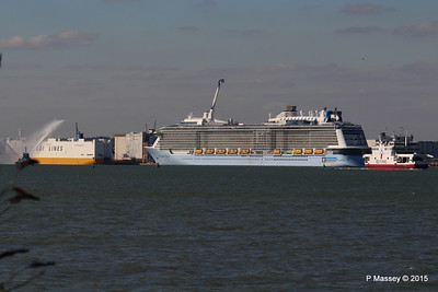 PHENIX GRANDE SCANDINAVIA ANTHEM OF THE SEAS RED OSPREY Southampton PDM 22-04-2015 17-04-42