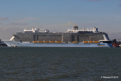 ANTHEM OF THE SEAS Maiden Voyage Departing Southampton PDM 22-04-2015 17-23-04