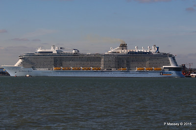 ANTHEM OF THE SEAS Maiden Voyage Departing Southampton PDM 22-04-2015 17-23-14