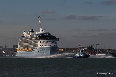 PHENIX Fire Tug ANTHEM OF THE SEAS Maiden Voyage Departing Southampton PDM 22-04-2015 17-26-38
