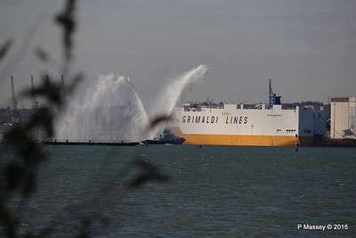 GRANDE SCANDINAVIA PHENIX Spraying for ANTHEM OF THE SEAS Southampton PDM 22-04-2015 17-08-21