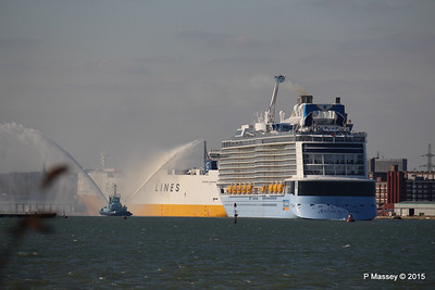 PHENIX Fire Tug ANTHEM OF THE SEAS Maiden Voyage Southampton PDM 22-04-2015 17-13-04