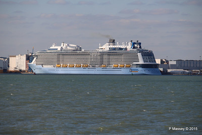 ANTHEM OF THE SEAS Southampton PDM 22-04-2015 16-40-08