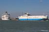 TENERIFE CAR Passing EXPLORER OF THE SEAS Southampton PDM 22-04-2015 15-25-52