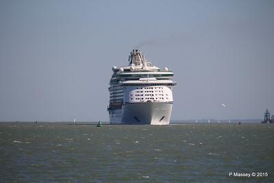 EXPLORER OF THE SEAS Arriving Southampton PDM 22-04-2015 15-08-58