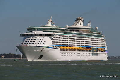 EXPLORER OF THE SEAS Arriving Southampton PDM 22-04-2015 15-12-09