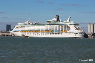 EXPLORER OF THE SEAS Southampton 22 Apr 2015 22-04-2015 16-22-05