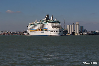 EXPLORER OF THE SEAS Arriving Southampton PDM 22-04-2015 15-22-06